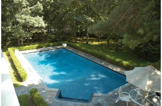 <span>heated pool</span>