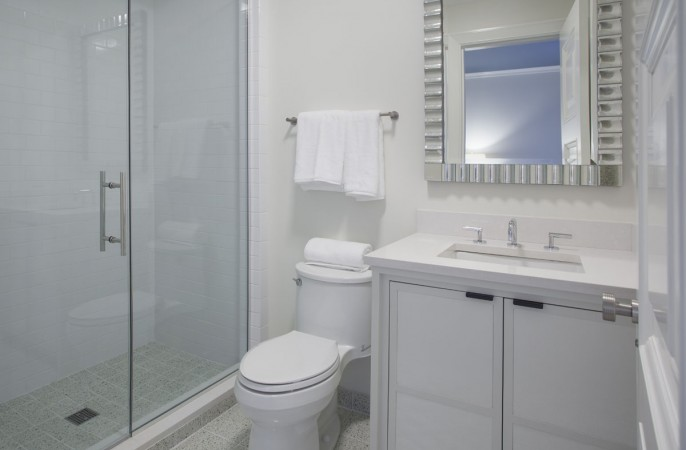 <span>bathroom</span>