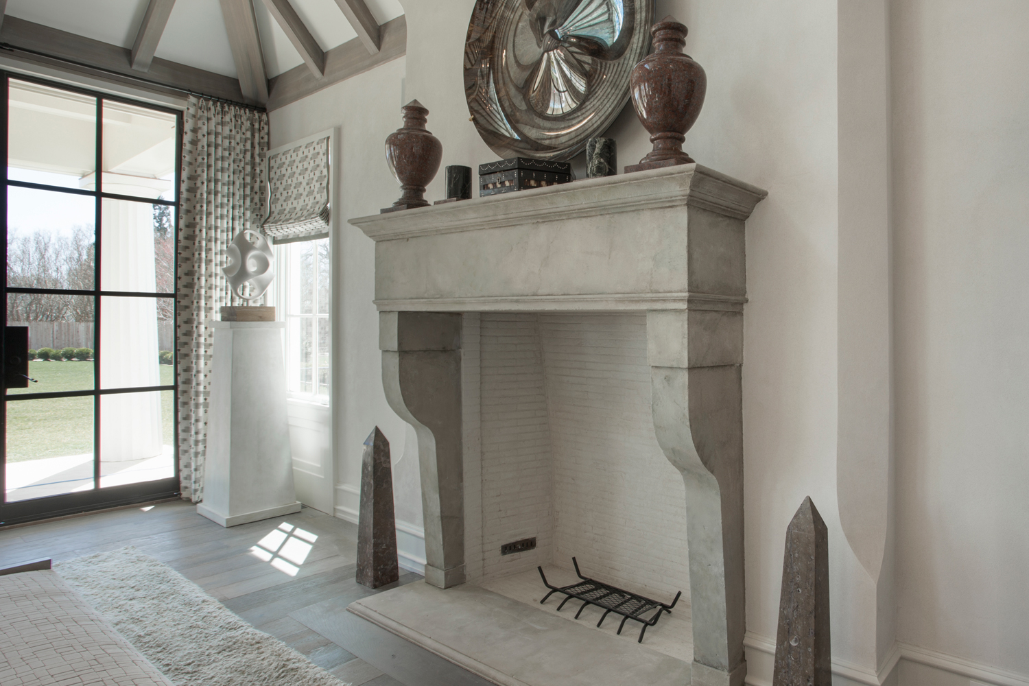 <span>fireplace detail</span>