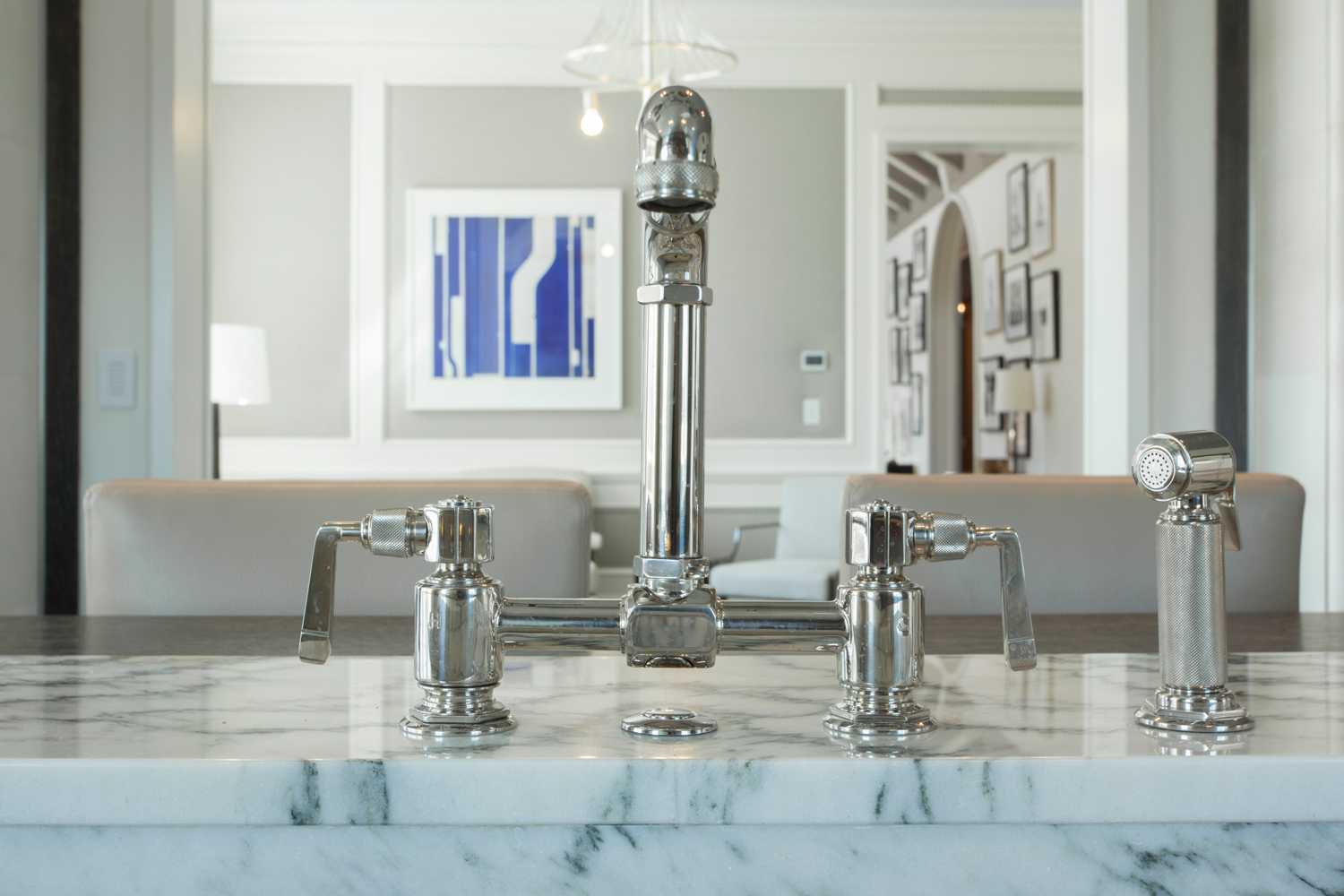 <span>kitchen sink detail</span>