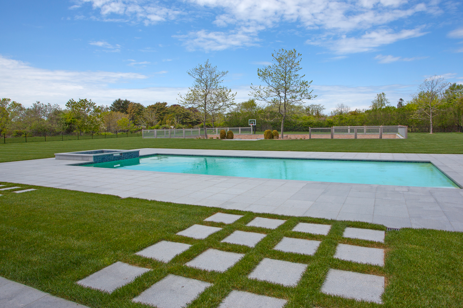 <span>heated gunite pool and spa</span>