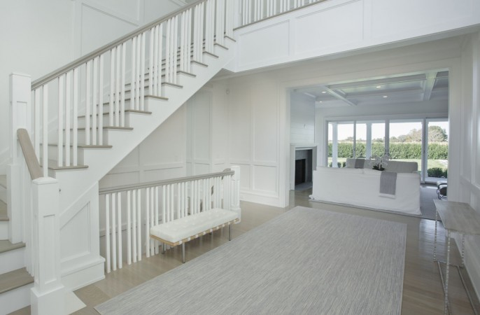<span>double height entry foyer</span>