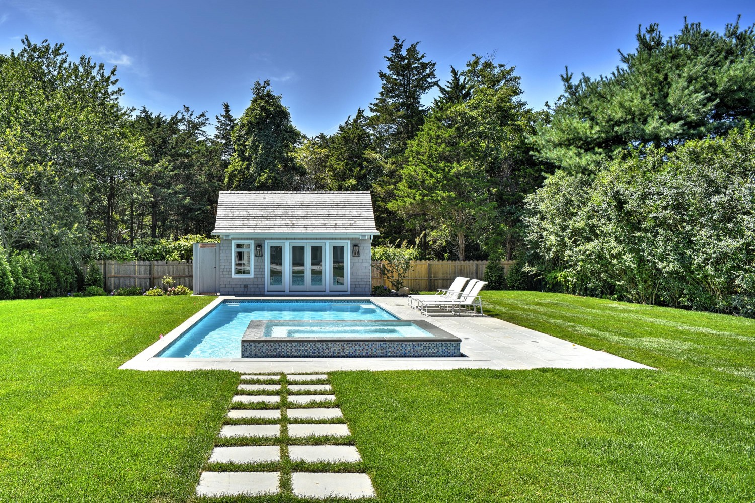 <span>gunite pool and pool house</span>