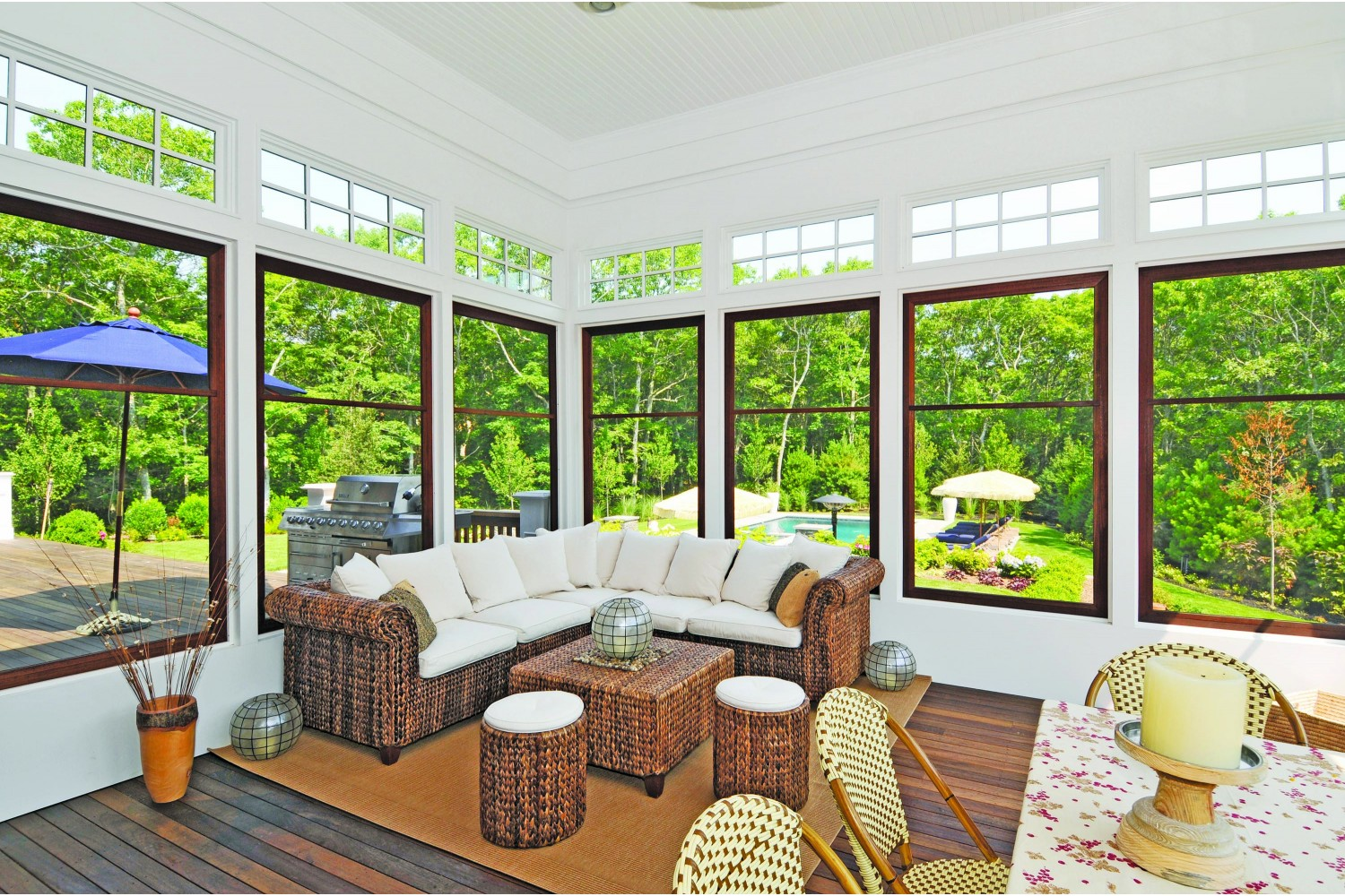 <span>screened porch</span><span  class='incontracts'>IN CONTRACT </span>