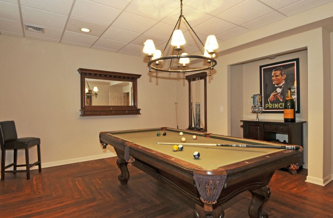 <span>billiard room</span>