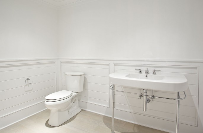 <span>lower level bathroom</span>