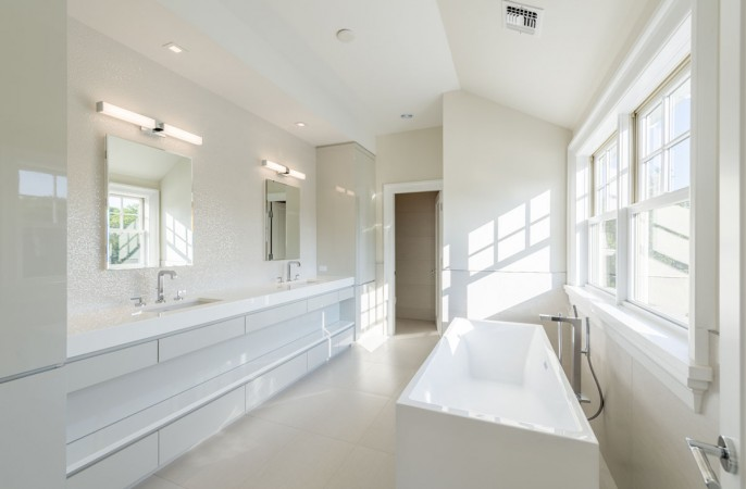 <span> master bathroom</span>